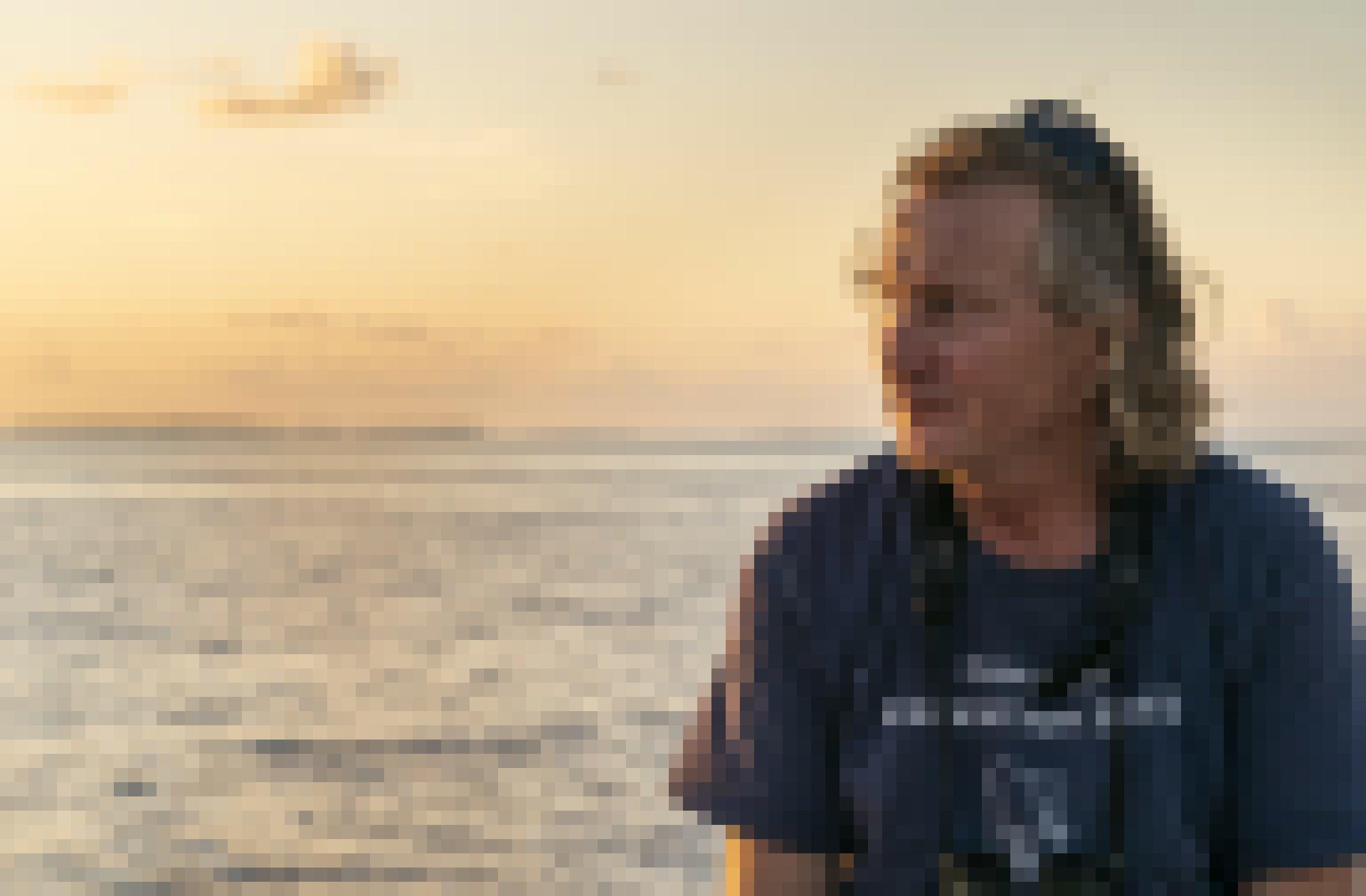 Der Ornithologe Peter Carr an Bord eines Schiffes im Chagos-Archipel.
