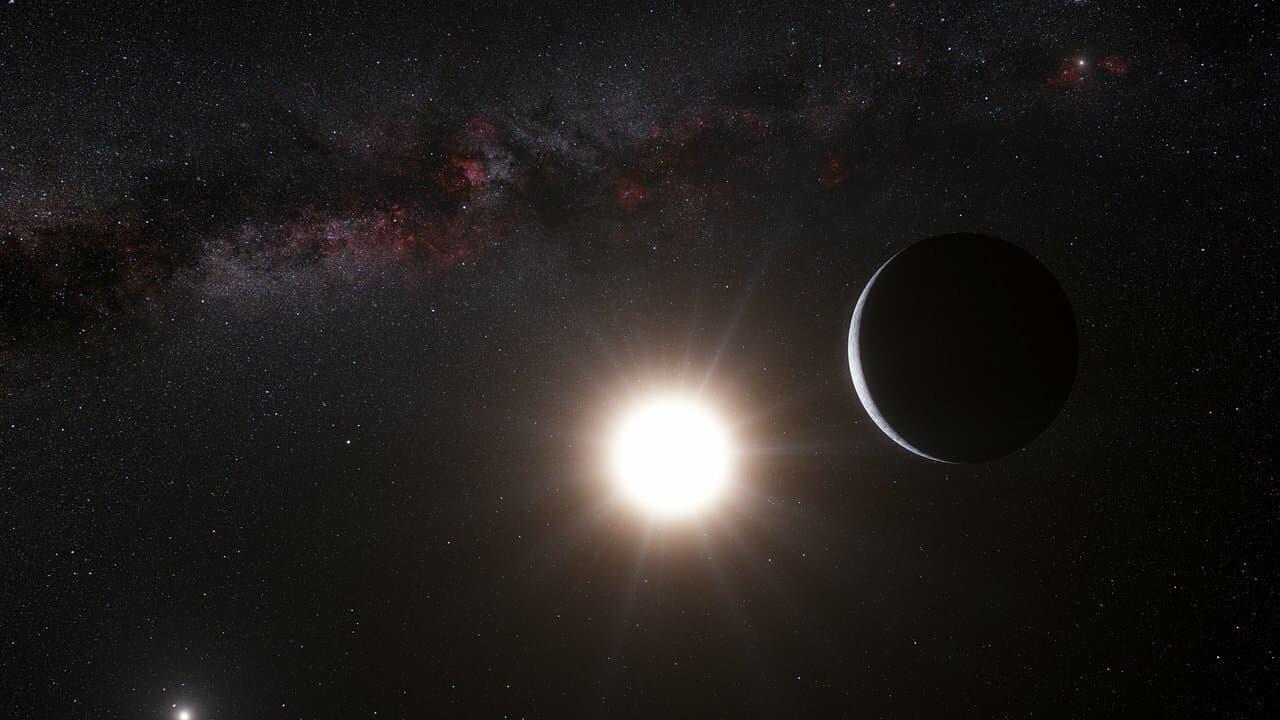 Die künstlerische Darstellung zeigt einen Exoplaneten, den es nicht gibt: Alpha Centauri Bb. Auch im Bild: Das Doppelsternsystem Alpha Centauri, das zusammen mit Proxima Centauri ein hierarchisches Dreifachsternsystem bildet.