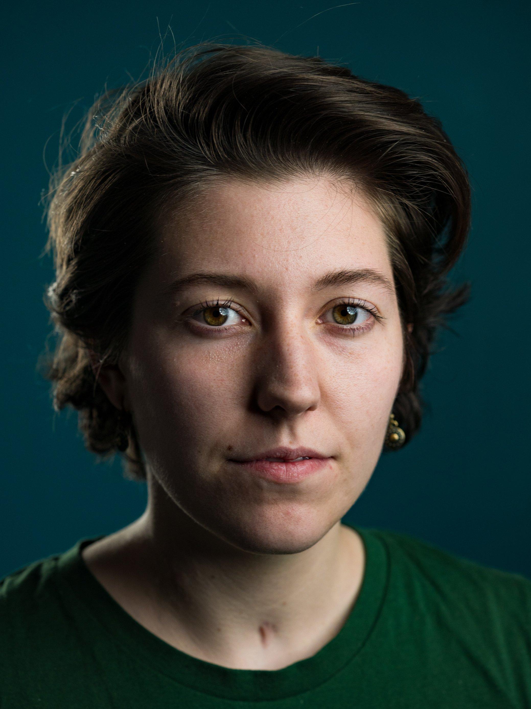 Ein Portrait der an Long-Covid erkrankten Luisa Meißner.