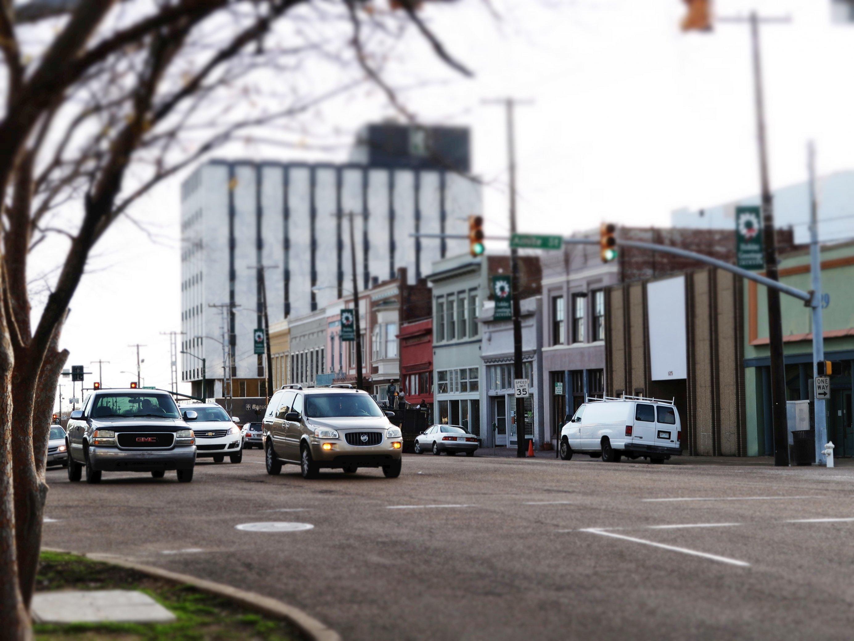 Straßenkreuzung in Jackson, Mississippi.