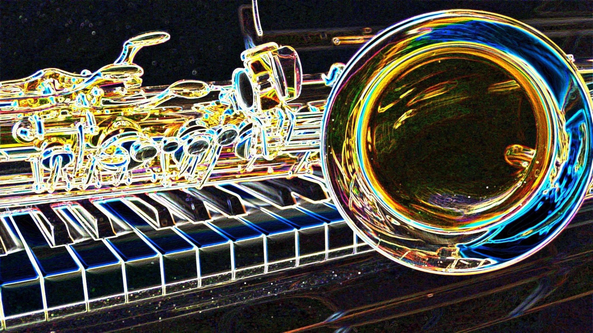 Stark verfremdete Aufnahme eines Saxophons, das auf der Tastatur eines Klaviers liegt. Ein Filter hat die Konturen auf dem Bild wie mit vielfarbigem Neonlicht verstärkt. Text dazu: Gibt es eigentlich Musik, die die Klimakrise thematisiert. Songs, die Gemeinschaft auf der Demo schaffen und Identität beim Klimaschutz?