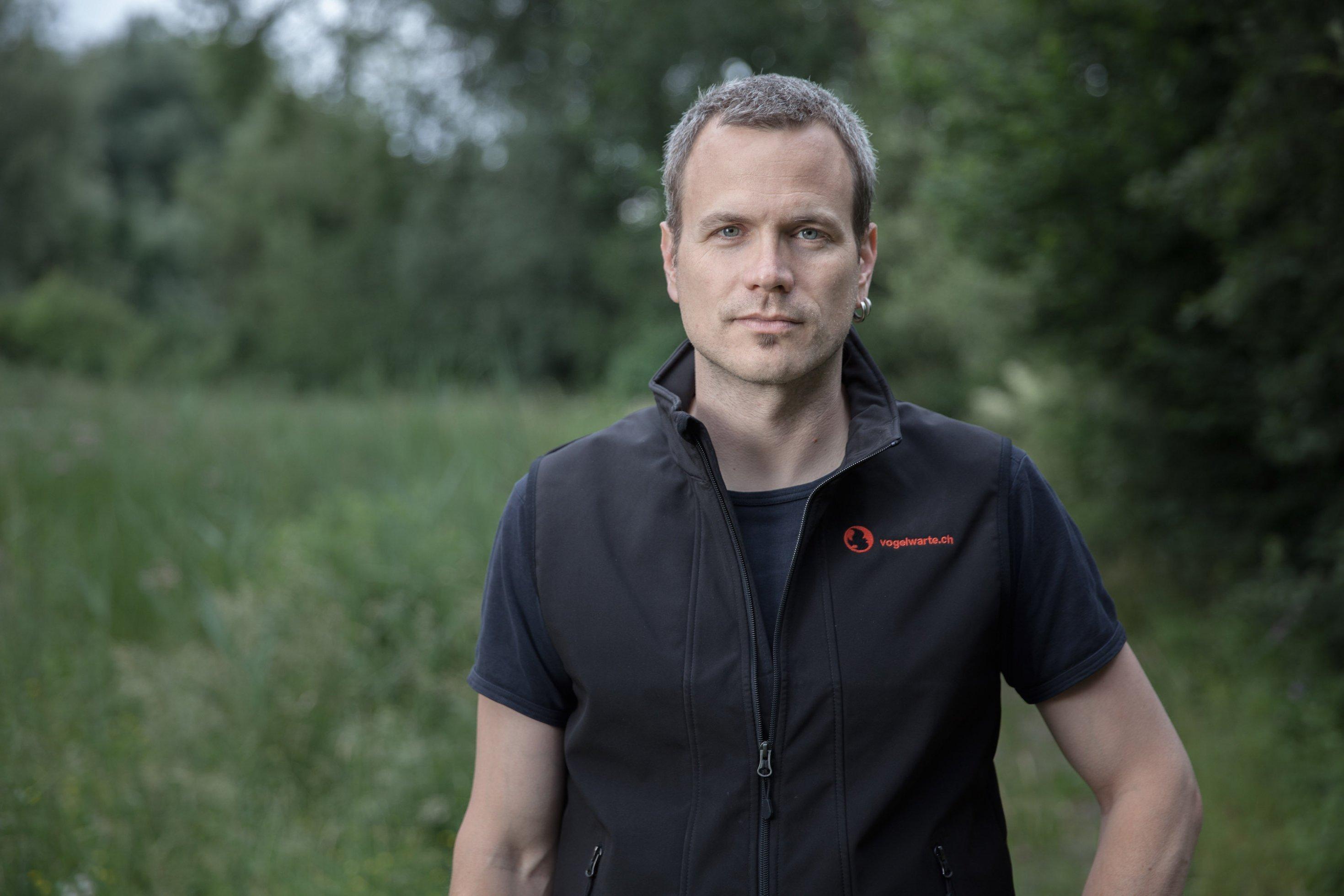 Michael Schaad von der Schweizerischen Vogelwarte.