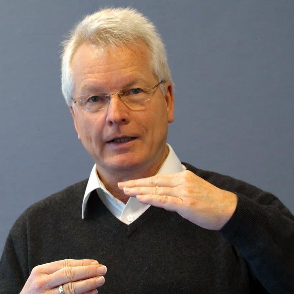 Dr. Uwe Reichert