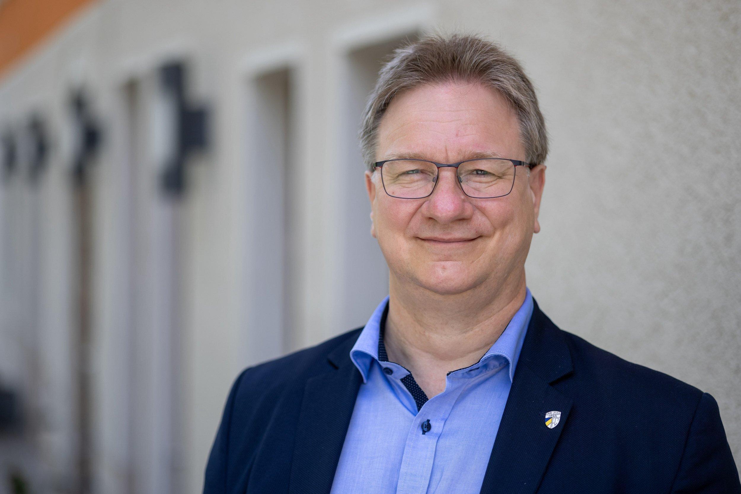 Ralph Lenkert (Die Linke), Bundestagsabgeordneter, aufgenommen am Rande der Landesvertreterversammlung der Thüringer Linken mit der Wahl der Bundestags-Kandidatenliste. Lenkert bewirbt sich für den zweiten Platz der Bundestags-Kandidatenliste.