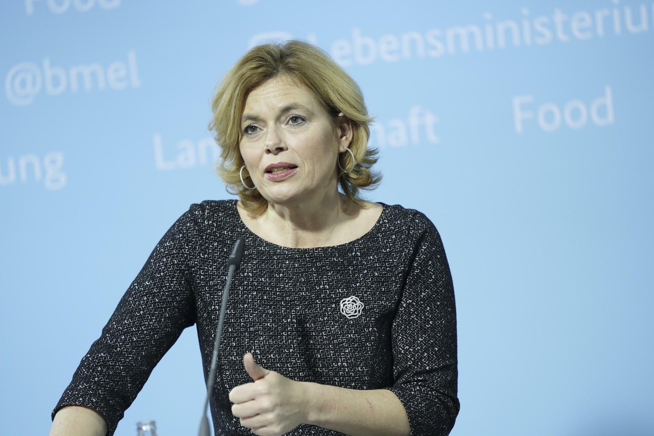 Das Bild zeigt Bundeslandwirtschaftsministerin Julia Klöckner (CDU) bei einer Rede