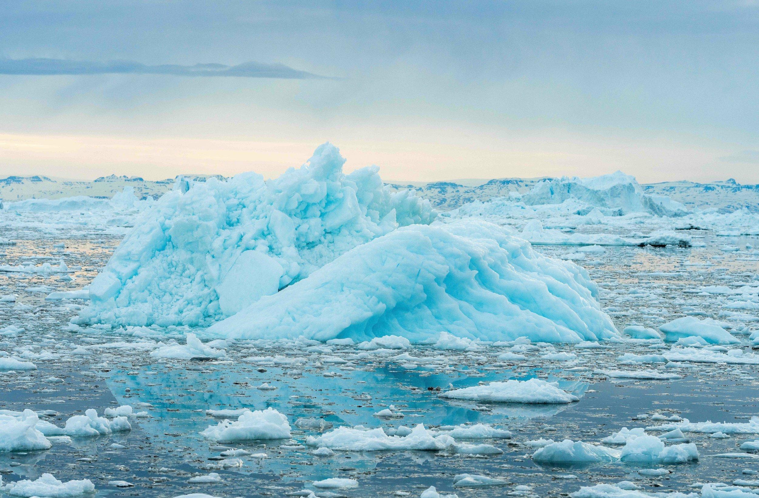 Eislandschaft im Meer