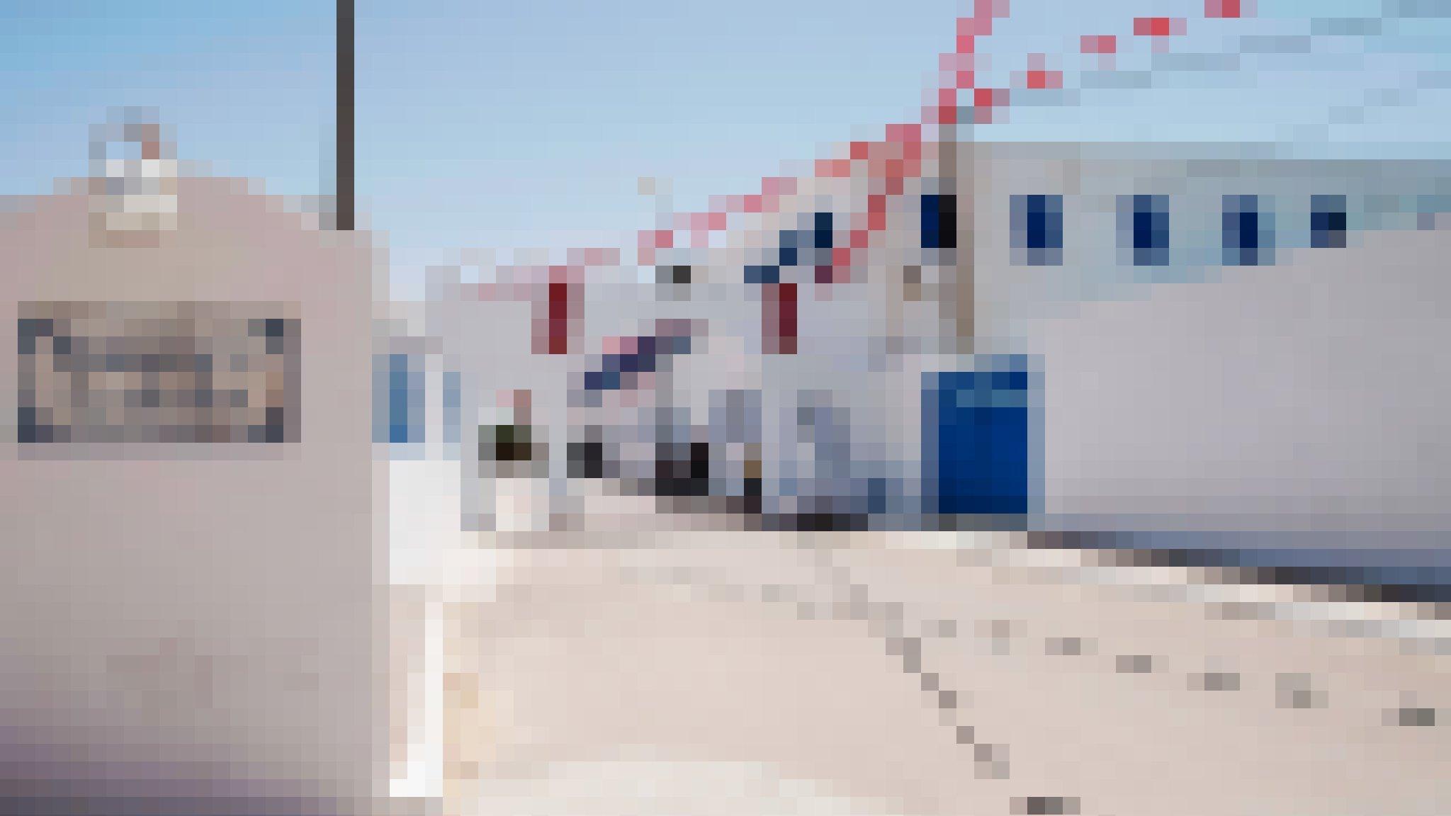 Eingang der La Ghriba-Synagoge auf der südtunesischen Insel Djerba