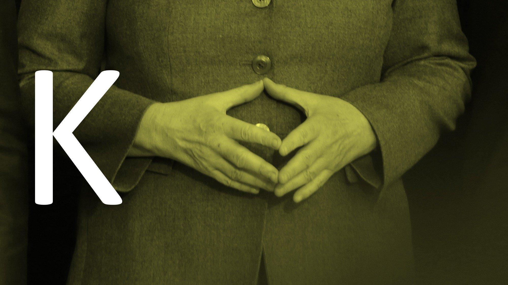 Die Hände von Kanzlerin Merkel, zur Raute geformt.