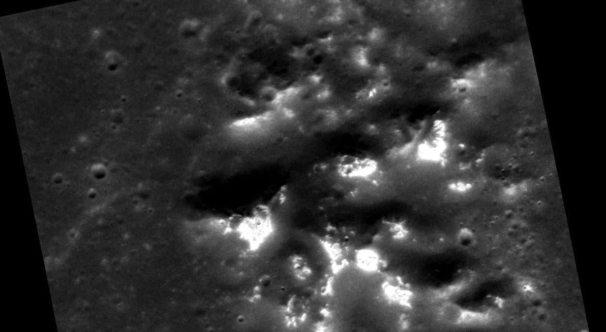 Hollows, also Löcher in Merkurs Oberfläche