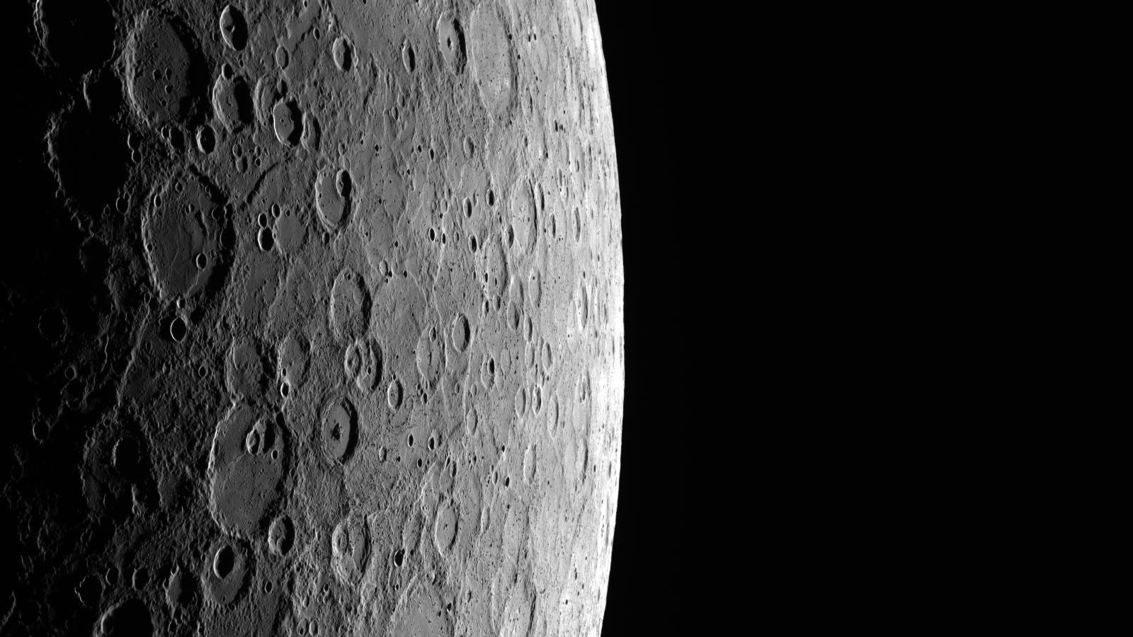 Foto von Merkur im All