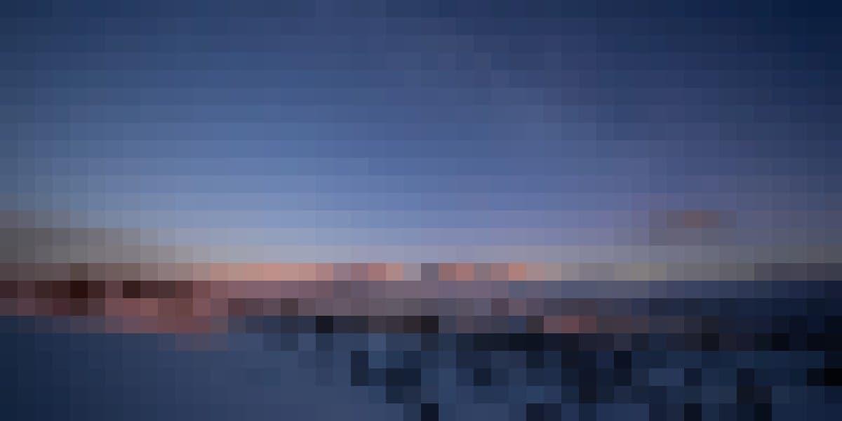 Das winterliche Solenmassiv im Licht des aufgehenden Mondes. Eine Aufnahme von Bernd Pröschold,
