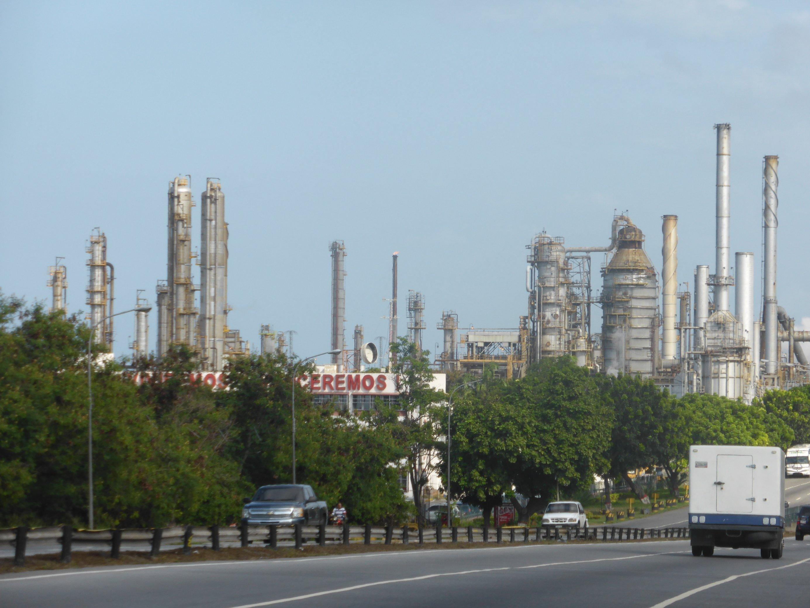 Die Raffinerie El Palito an der Karibikküste Venezuelas.