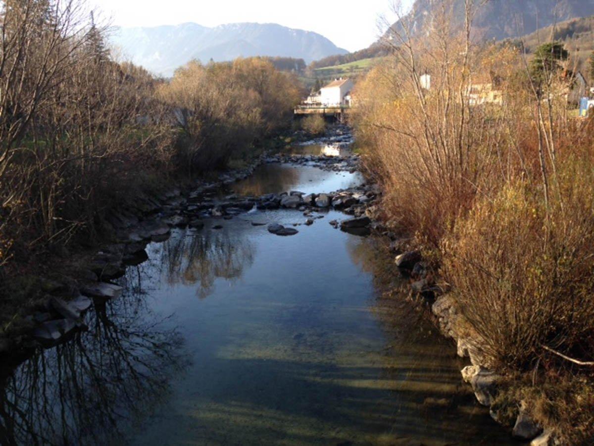 Fluss Schwarza und Landschaft