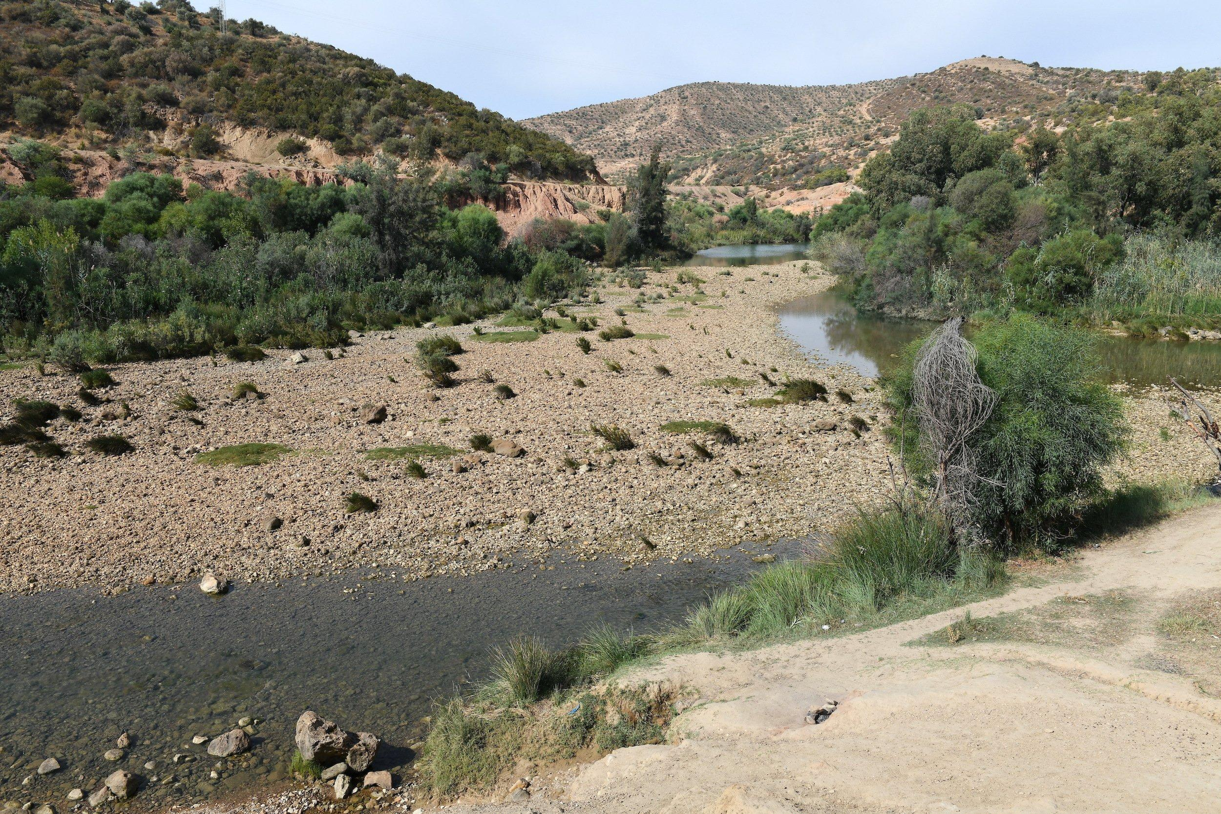 Trockenes Flussbett des Oued Medjerda