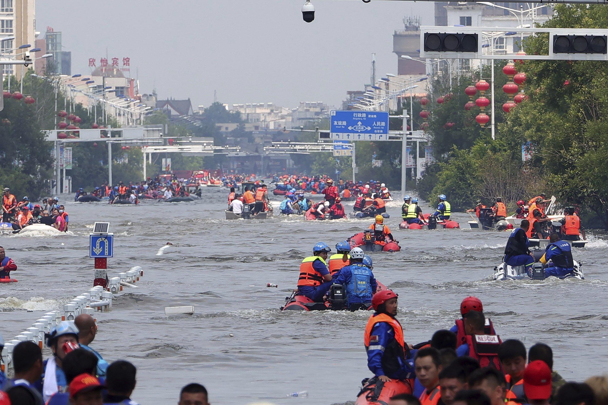 Boote auf einer Straße
