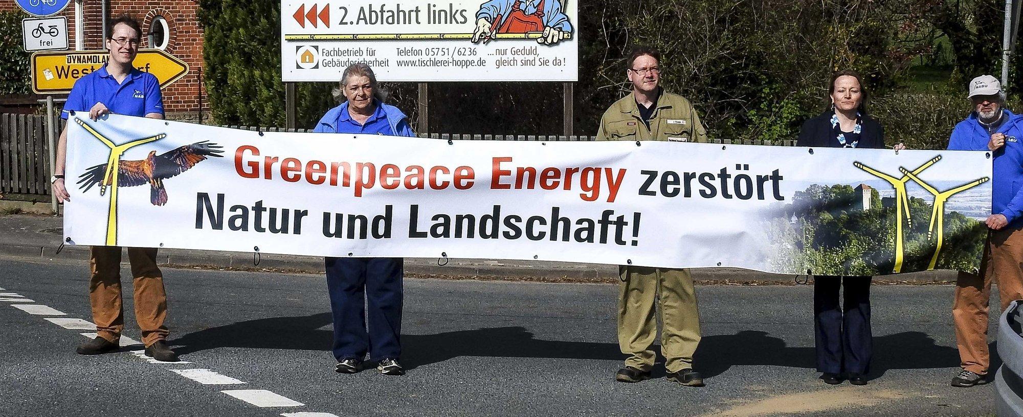 Naturschützer protestieren gegen Greenpeace energy – Früher waren Protestbanner eine Domäne von Greenpeace.
