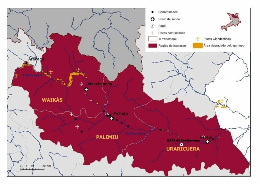 Auf der Landkarte sieht man die das Land der Yanomami und die Gemeinde Palimiúam Uraricuera-Fluss. Mit einem gelben Flugzeugsymbol sind die heimlichen Landepisten eingezeichnet.